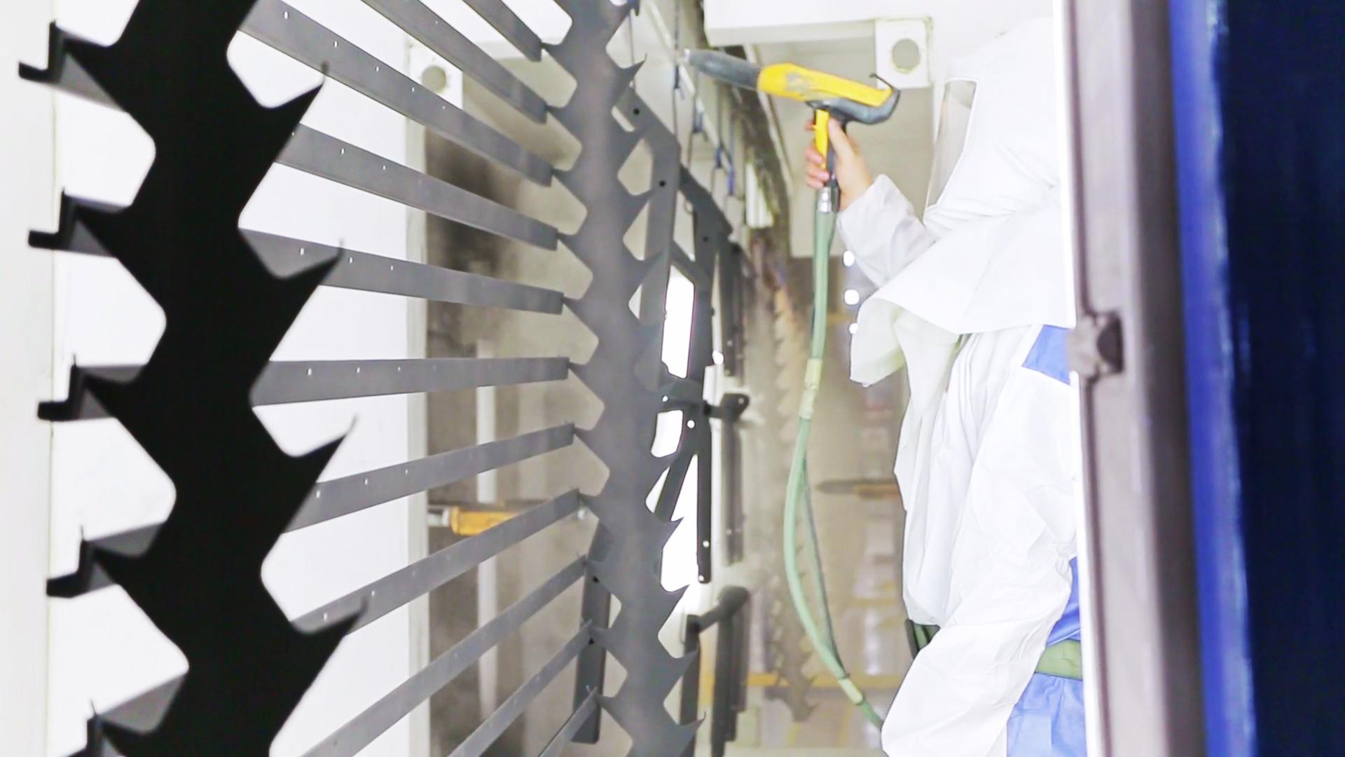 Manual spray booth Atlas Coatings